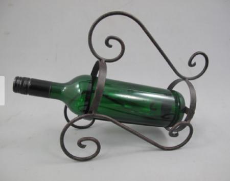 Vīna pudeles statīvs