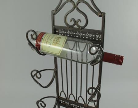 Vīna pudeļu plaukts