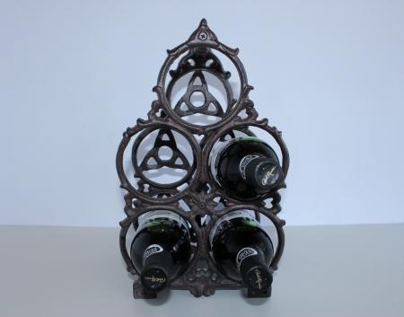 Vīna pudeļu turētājs